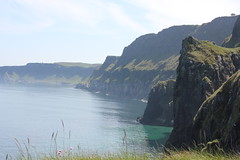 IMG_3735 (avsfan1321) Tags: ireland northernireland unitedkingdom uk countyantrim ballycastle carrickarede carrickarederopebridge nationaltrust landscape green blue ocean atlanticocean