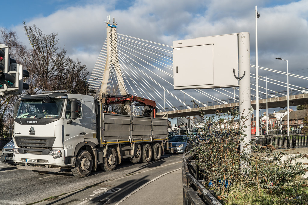 THE WILLIAM DARGAN BRIDGE IN DUNDRUM [LUAS GREEN LINE TRAM STOP DUNDRUM]-135148