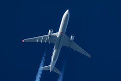 Turkish Airlines Airbus A330-303 TC-JOD (Thames Air) Tags: turkish airlines airbus a330303 tcjod contrails telescope dobsonian overhead vapour trail