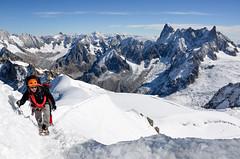 DSC_000(141) (Praveen Ramavath) Tags: chamonix montblanc france switzerland italy aiguilledumidi pointehelbronner glacier leshouches servoz vallorcine auvergnerhônealpes alpes alps winterolympics