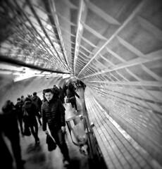 Vortex. (TICLAC) Tags: paris artwork noiretblanc bw blackandwhite niveaudegris métro parisian vortex artphoto voyage transit couloirs station subwaystation