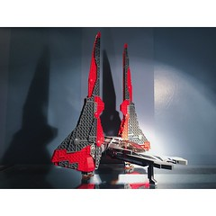 Darth Maul's Mandalorian Fighter (the_lego_empire_585.) Tags: starwarstheclonewars theclonewars clonewars clone cruiser mandalorian mandalore starship starfighter darth sith starwarsmoc legomoc moc legostarwars legos lego starwars star wars darthmaul maul