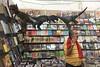 Evolución (-»james•stave«-) Tags: mexico oaxaca city ciudad street calle books libros man hombre dinosaurs dinosaurios evolution evolución iphone6s