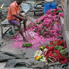 recycling (wfung99_2000) Tags: flower garlands recycling madurai meenakshi temple
