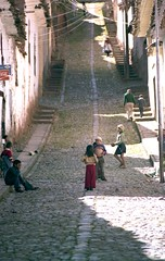 31 Film - Cusco 25 (Phytophot) Tags: peru cusco andes town people