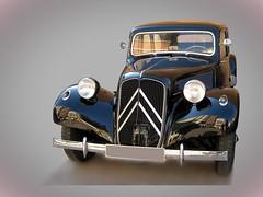 Citroën Traction Avant (Citroën 11) (fernanchel) Tags: vehiculo ciudades coche car torrent gimp clasico classic citroën