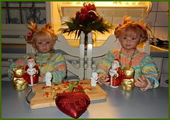 Linchen und Gretchen ... (Kindergartenkinder) Tags: kindergartenkinder annette himstedt dolls weihnachten advent backen plätzchen linchen gretchen