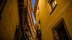 Callejón en Toledo (pepoexpress - A few million thanks!) Tags: nikon nikkor d750 nikond750 nikond75024120f4 24120mmafs pepoexpress toledo © all rights reserved do use photography withaut permision allrightsreserved