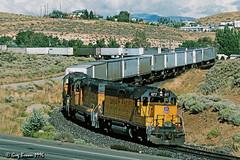 Snaking into Reno (C.P. Kirkie) Tags: unionpacific up westernpacific wp railroads trains freighttrain highdesert intermodal nevada