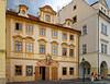Avenant... (JiPiR) Tags: cze prague républiquetchèque hlavníměstopraha hradčany