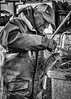 Retour de pêche 2. (francis_bellin) Tags: olympus 2017 noiretblanc pêcheurs pêche sète décembre poisson labeur