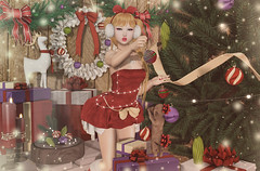 All that Glitters (Gabriella Marshdevil ~ Trying to catch up!) Tags: sl secondlife cute kawaii tsg mossmink lcky christmas arcade gacha doll bento