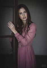 MERCEDES (javiermrkm1) Tags: retrato portr redhair pelirroja melancolia melancholy vintage beauty vintagefashion pecas freckles