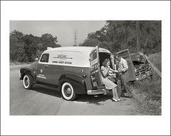 Vehicle Collection (8474) - Chevrolet (Steve Given) Tags: workingvehicle motorvehicle chevrolet 1940s oregon roadsideservice automobile