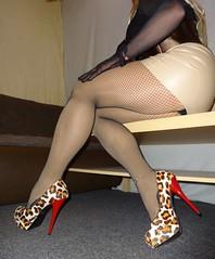 DSC02417 (Mandy Buffalo) Tags: buffalo leo stilettos stiletto skirt highheels heels high heel higheels corsage mini