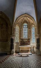 Taufkapelle in St-Gereon in Köln (ulrichcziollek) Tags: nordrheinwestfalen köln stgereon romanisch kirche kirchen romanik taufkapelle steinfussboden fussbodenmosaik altar fenster lichteinfall
