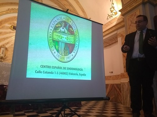 "(2017-11-17) - Conferencia Sábana Santa - José Vicente Romero Ripoll (04) • <a style=""font-size:0.8em;"" href=""http://www.flickr.com/photos/139250327@N06/24450714067/"" target=""_blank"">View on Flickr</a>"