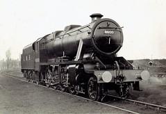 London, Midland & Scottish Railway (UK) - LMS Class 8F 2-8-0 steam locomotive Nr. 8600 (Eastleigh Works, 1942) (HISTORICAL RAILWAY IMAGES) Tags: lms steam locomotive stanier 8f 280 sr southern railway 1942 br