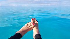 Rekha, Paradise (IPMT) Tags: toenail sexy toes polish foot feet pedicure painted zoya toenails pedi barefoot red crimson rekha blood rojo vermelho descalza boat turquoise ocean mar turquesa
