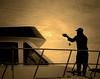 Atardecer en el puerto de Dénia (Felipe Sérvulo) Tags: pescador barco atardecer pesca nubes sol gaviota seascape water mar sunset