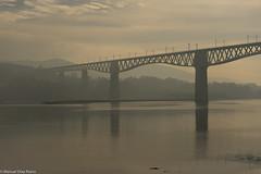 Puente ([Kralik]) Tags: tren puente río otoño galicia atardecer