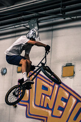 (stars`bread) Tags: bycicle oz pinewood bologna jump bmx dirt people young sport ride canoneeos1000d