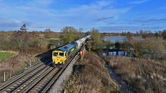 66563 at Clay Mills (robmcrorie) Tags: 66563 class 66 freightliner hope walsall cement clay mills burton trent river dove flood staffordshire train rail railway nikon d7500 willington power station cooling towers