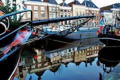 winterwelvaart .......... (atsjebosma) Tags: reflections reflectie winterwelvaart 2017 christmas huizen houses atsjebosma groningen thenetherlands nederland lagederaa