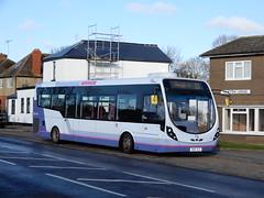 First Berkshire 47667 - SN15 ACO (Berkshire Bus Pics) Tags: first berkshire 47667 sn15aco wright streetlite eton wick