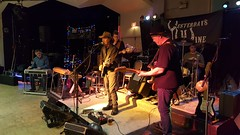 Only One Left Standing (Bill 1.9 Million views) Tags: yesterdayswine music guitar bassguitar legion172 countrywestern countrymusic legion marcbird donpeterson evanehgoetz thebreeze ericclapton buitar vocals jammers openmic mike mic stage band set recording zoomh2n sound bakersfield