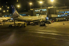 2017-337  United Plane at the Gate in Denver (DEN)