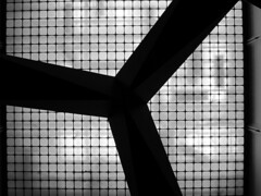 Creating art at the Art Museum. (vickilw) Tags: lacma sculpture silhouette losangeles museum art skylight abstract 7daysofshooting week27 banginthemiddle blackandwhitewednesday