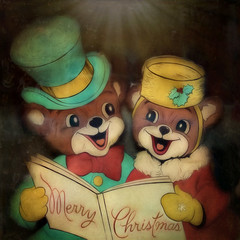 Merry Christmas (Explore 12-24-17) (David DeCamp) Tags: christmas book holiday celebration hat fun reading smiling sonynex3n tamronadaptall235135mmf354540a