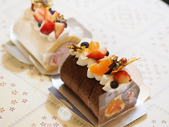 Christmas Cake (imnOthere0) Tags: christmas cake cream delicious yummy strawberry food sweet pastry chocolate