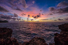 Poipu, Maha'ulepu Trail, Kauai (drpeterrath) Tags: canon eps5dsr 5dsr poipu kauai hawaii landscape seascape color ocean waves cliffs sunrise sunset blue sky clouds weather sundaylights