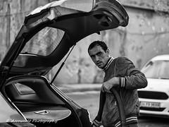 Street 426 (`ARroWCoLT) Tags: streetphotography sokak people blackwhite bw art insan human arrowcolt monochrome bnwdemand bnwpeople bnw bnwstreet ishootpeople blackandwhite outdoor portrait streetportrait primelens cars carwasher carwash water canon700d 50mmf18 niftyfifty