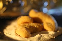 yummy (photos4dreams) Tags: kekse plätzchen cookies xmas christmas weihnachten bokeh macromondays hmm photos4dreams p4d photos4dreamz selfmade homemade selbstgemacht memberschoicebokeh memberschoice