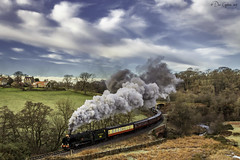 Santa's on his way! (Dave Cappleman) Tags: whitby whitbydistrict colours sky clouds patterns steam nymr northyorkshiremoorsrailway