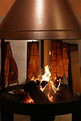 Mainz, Weihnachtsmarkt / Christmas Market, smoked salmon (HEN-Magonza) Tags: mainz weihnachtsmarkt christmasmarket rheinlandpfalz rhinelandpalatinate deutschland germany marchédenoël mercatonatalizio mayence flammlachs loimulohi