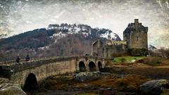 LA LEYENDA DEL CASTILLO DE EILEAN DONAN. LA ISLA DE SKYE (☮ Montse;-))) Tags: castillo puente eileandonan lochduich islote viaje winter scotland skye