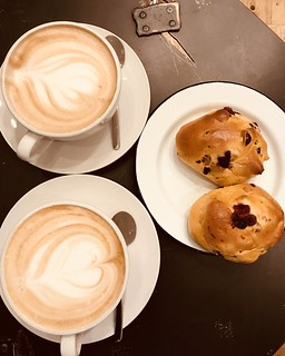 Yphone/359 .. coffee and cranberry brioche!