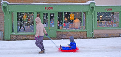 """""""Going with the Flow"""". Flow women's clothing store. 29-30 Castle Street, Hay on Wye, Hereford HR3 5DF, Powys, Wales. (Minoltakid) Tags: goingwiththeflow flow womensclothingstore 2930 castlestreet hayonwye hr35df powys wales winterfun fun streetphotography photograph photography shop street building sony rx0 sonyrx0 people theminoltakid minoltakid rossdevans rossevans winter december 2017"""