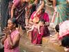 ..Par Amour...By Love... Varanasi (geolis06) Tags: geolis06 asia asie inde india uttarpradesh varanasi benares gange ganga pelerin pilgrim pelerinage pilgrimage hindu hindou offering priere prayer rituel rite inde2017 olympus olympusm75300mmf4867ii