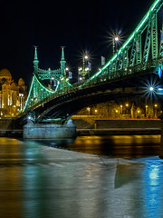 Liberty_bridge_Budapest_003 (Dreamaxjoe) Tags: longexposure bridge hosszuzarido szabadsaghid budapest