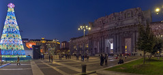 Departures (Fil.ippo) Tags: milano milan stazionecentrale centralrailwaystation christmas natale christmastree alberodinatale bluehour orablu notte night filippo filippobianchi panorama cityscape d610 nikon 2018 happynewyear buonanno