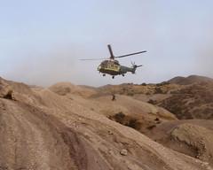 033 Dropping Off Help (saschmitz_earthlink_net) Tags: 2018 california orienteering vasquezrocks aguadulce losangelescounty laoc losangelesorienteeringclub