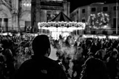 ©irenefabregues2017 #lacalleesnuestracolectivo @lacalleesnuestracolectivo #huaweip9 #movilgrafiadeldia091217 #womeninstreet  #lensculturestreets #streetscene  #friendsinperson #streetphotography #shootermag  #fotonline_es  #descubriendoigers  #b (Irene Fabregues) Tags: instagram ifttt