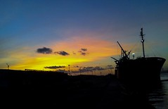flickr 10 (Point of view 2) Tags: sunset sky dusk port sunrise rise steamship flickr wow freedom happy beautiful orange blue outside zon outdoor nature color 2017 december landscape abdelrhmanetraaf
