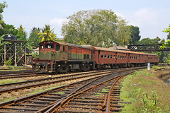 M7 806 Galle (Gridboy56) Tags: slr srilanka railways railroad railfreight diesel locomotive locomotives trains train galle alutgama m7 m7806