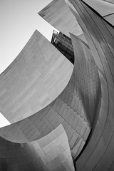 Walt Disney Concert Hall (Roving Vagabond aka Bryan) Tags: waltdisney concert hall concerthall losangeles downtown frank gehry frankgehry architecture california ca cali socal bw blackandwhite blackwhite monochrome building sky explore design